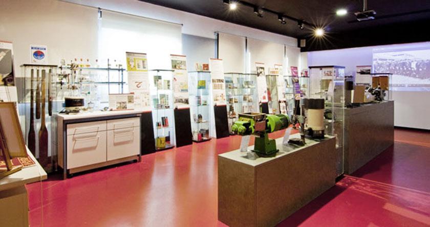 Colorificio San Marco progettazione showroom allestimento mostre percorso storico museografico 04