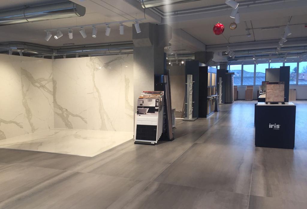 news - corti showroom ceramiche - progettazioneinterni.net - Progress Arredo Bagno