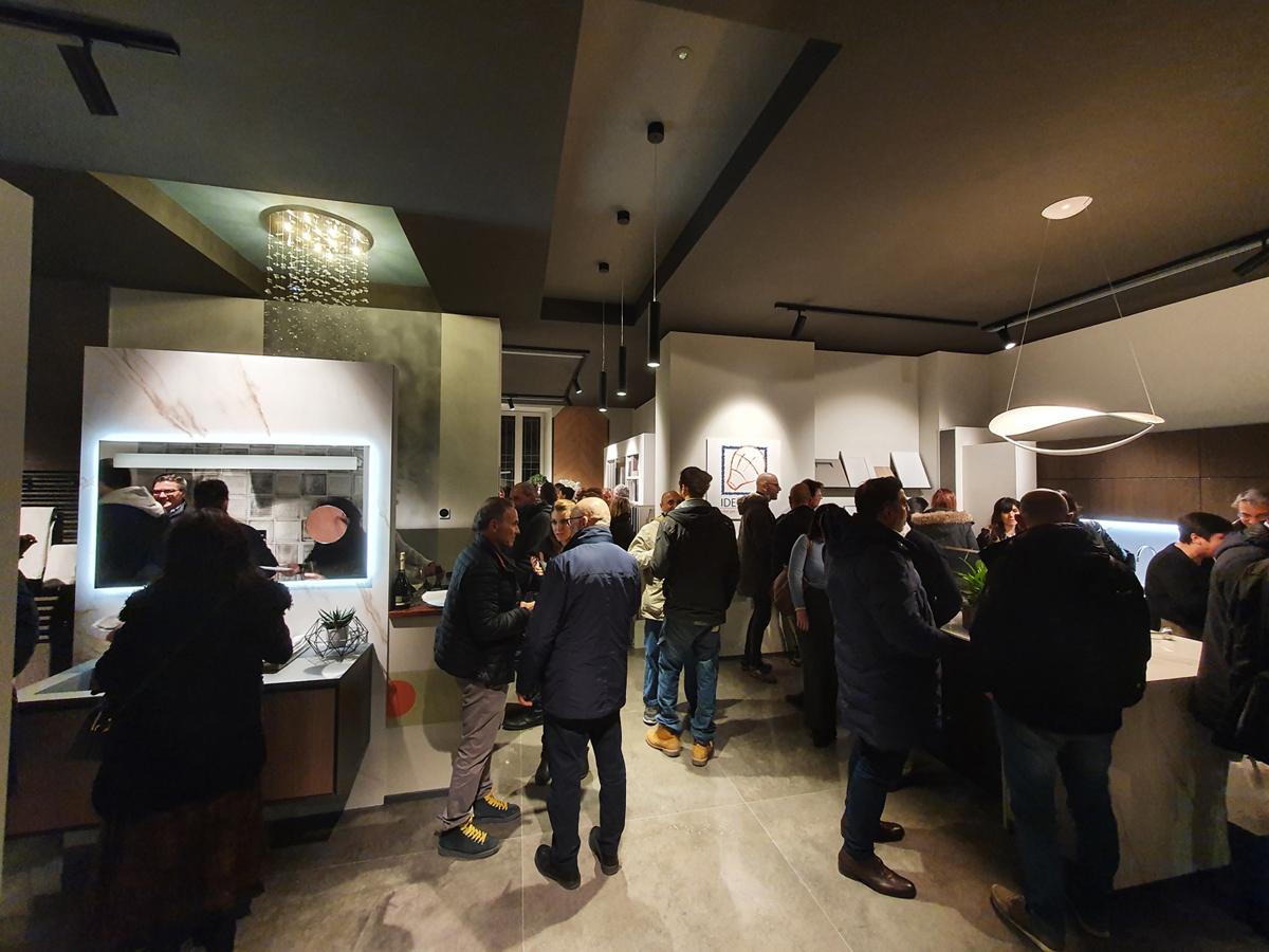 inaugurazione showroom casa a Milano