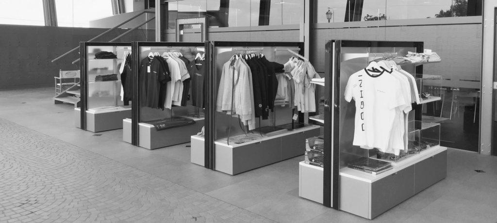 arredo espositivo negozio di abbigliamento